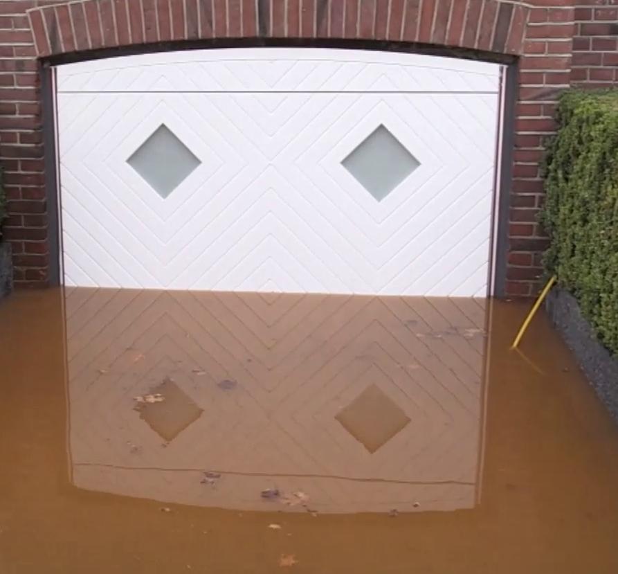 Porte de garage Aqualock